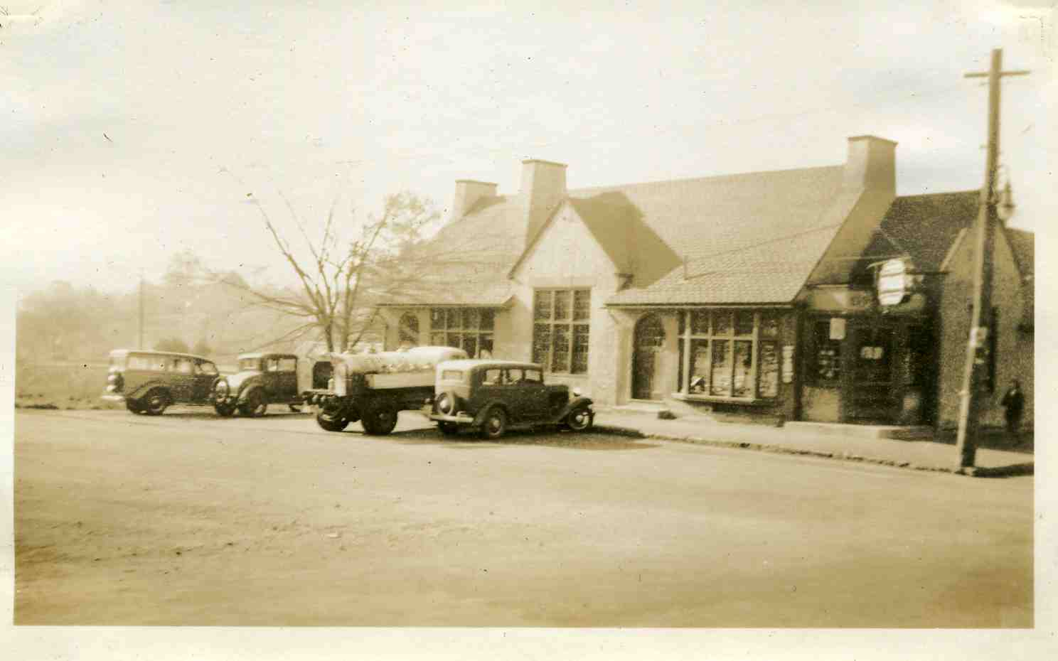 Southborough Drugs, Main Street